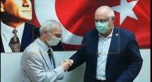 Rozetlerini Takıp İYİ Parti'ye Geçiş Yaptılar